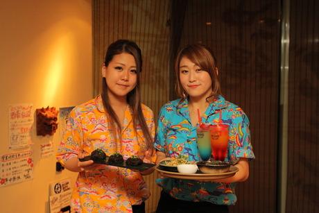 普段手に取らない珍しい沖縄食材に出会える料理の腕があがります!年中夏気分